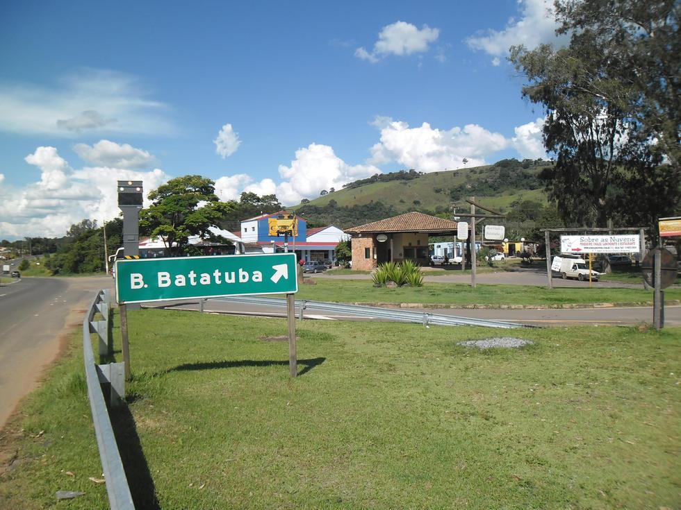 Lugares de memória em mídias digitais: a narrativa reapresentada – Sônia Barreto de Novaes (USP-SP)