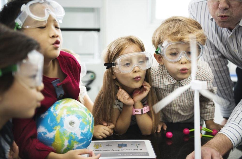 Ensino de ciências no cotidiano escolar: vivências a partir do estágio curricular supervisionado – Por Jaílson Bonatti (URI-RS) e Tainara Strege (URI-RS)
