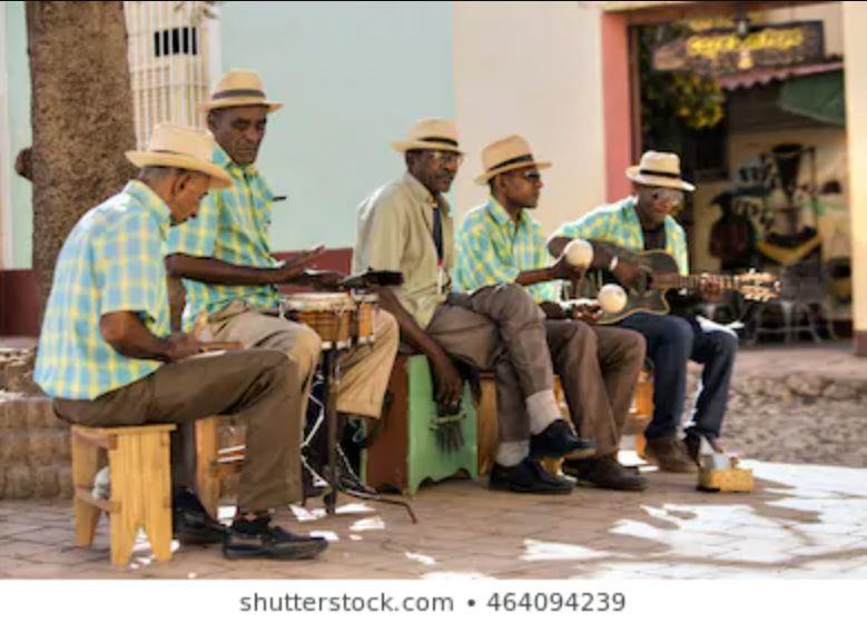 O som e o silêncio: Música, cultura revolucionária e repressão artística em Cuba – Fernando Lucas Garcia de Souza (UFGD)